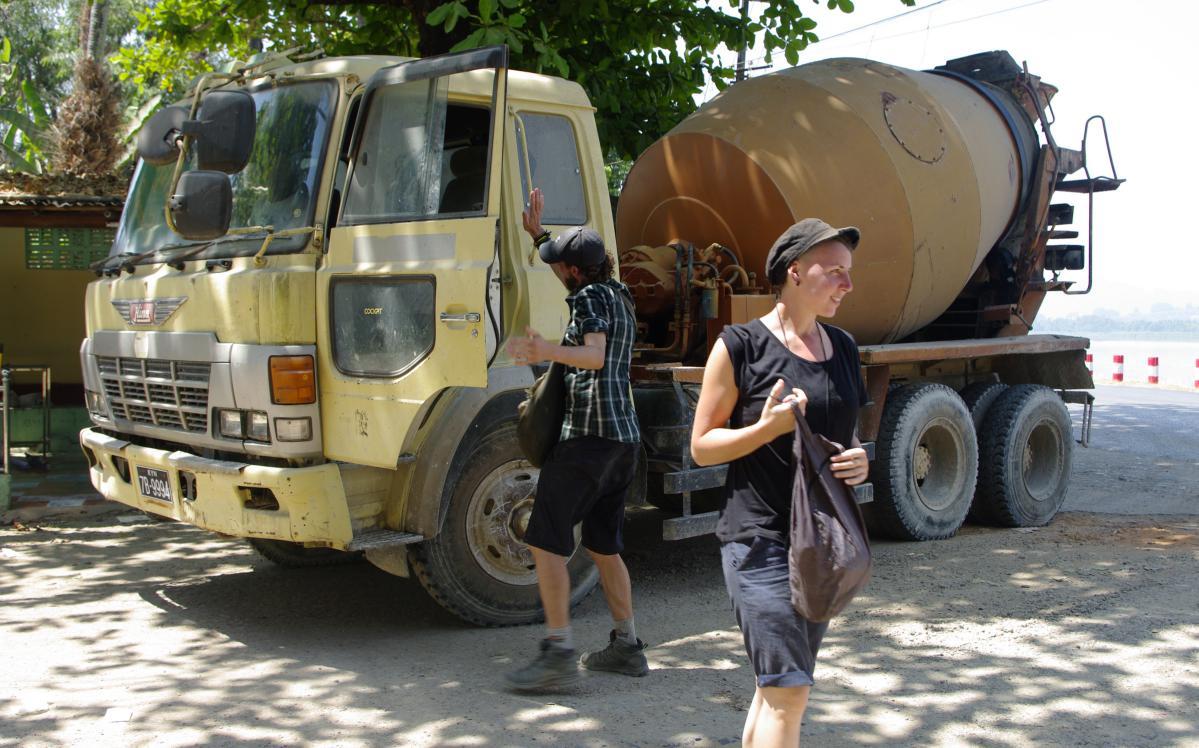 faire de l'auto-stop en asie du sud -est