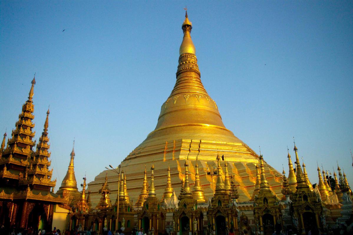 shwe dagon yangon myanmar