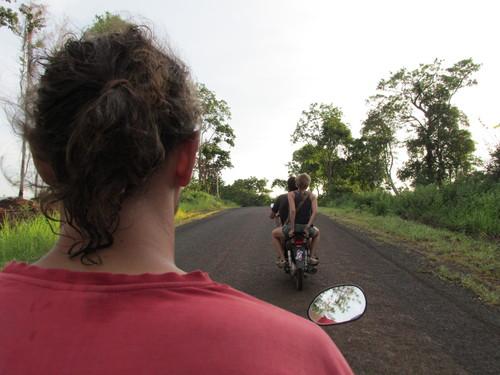 faire de la moto cambodge