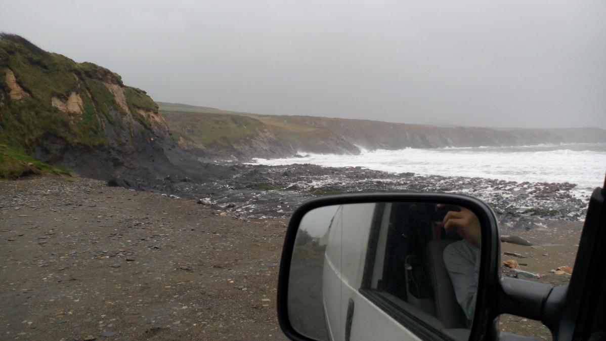 Garée sur une plage du Pays de Galles...