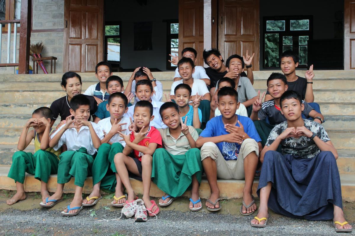orphelinat en birmanie