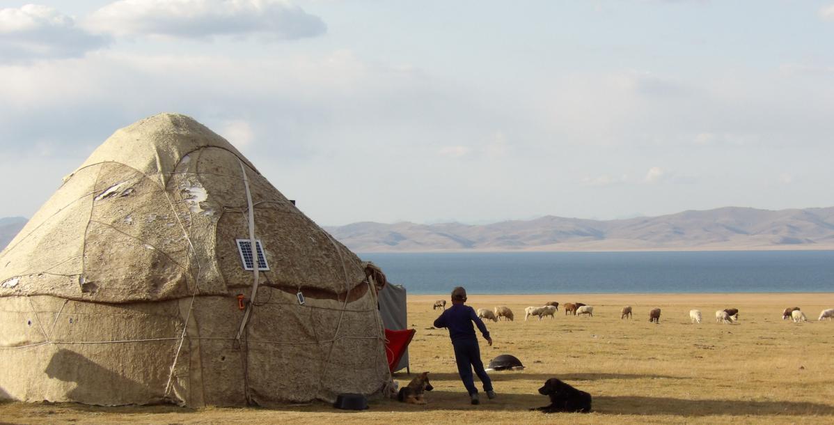 Entre yourtes et chevaux, trek sur les hauteurs kirghizes du lac Song Kul
