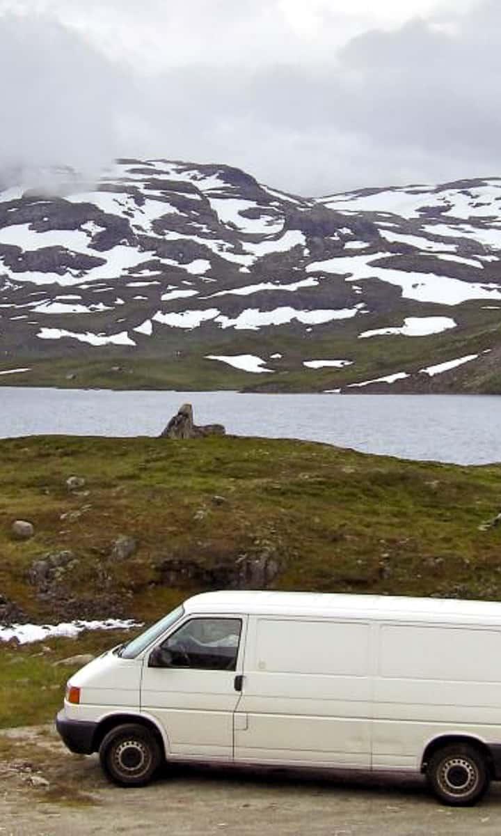 Mes conseils pour bien choisir son van aménagé et mon retour d'expérience sur le Transporter T4 Volkswagen après 70.000km de road trip à travers l'Europe... | Histoires de tongs, le blog voyage passionnément alternatif