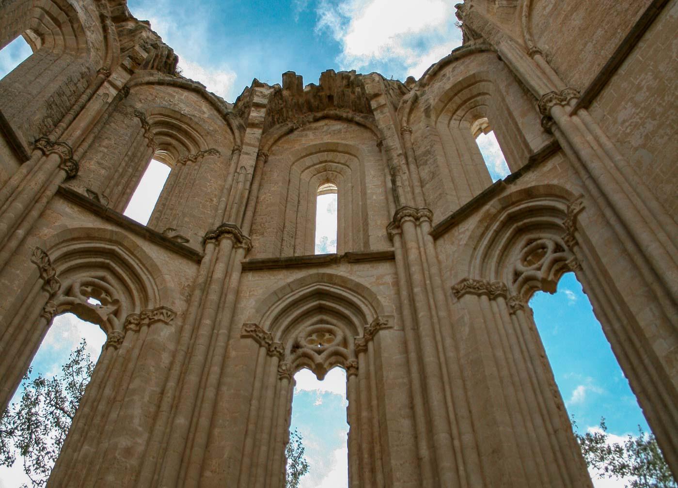 abbaye en ruines camino frances san anton