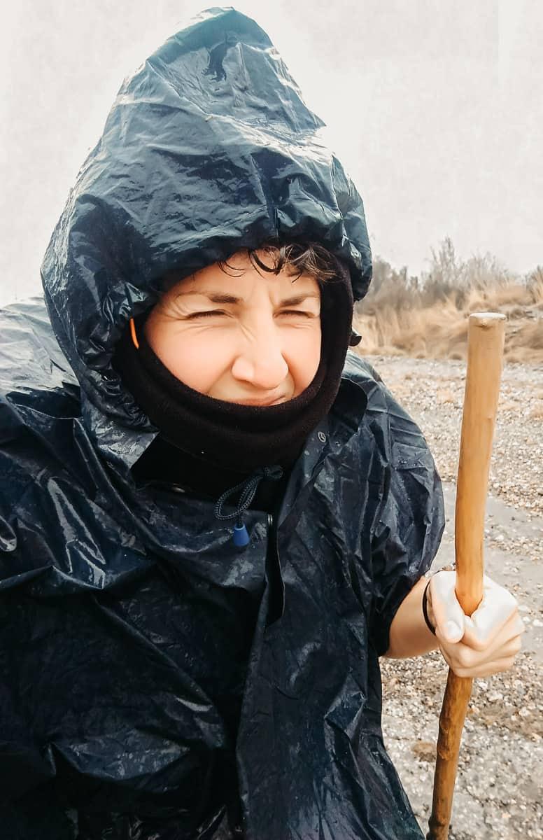 Faire le chemin de Compostelle en hiver, c'est possible ! Conseils pratiques après 1000km sur la Via de la Plata, dans le froid et la pluie, mais avec le sourire... | Histoires de tongs, le blog voyage passionnément alternatif