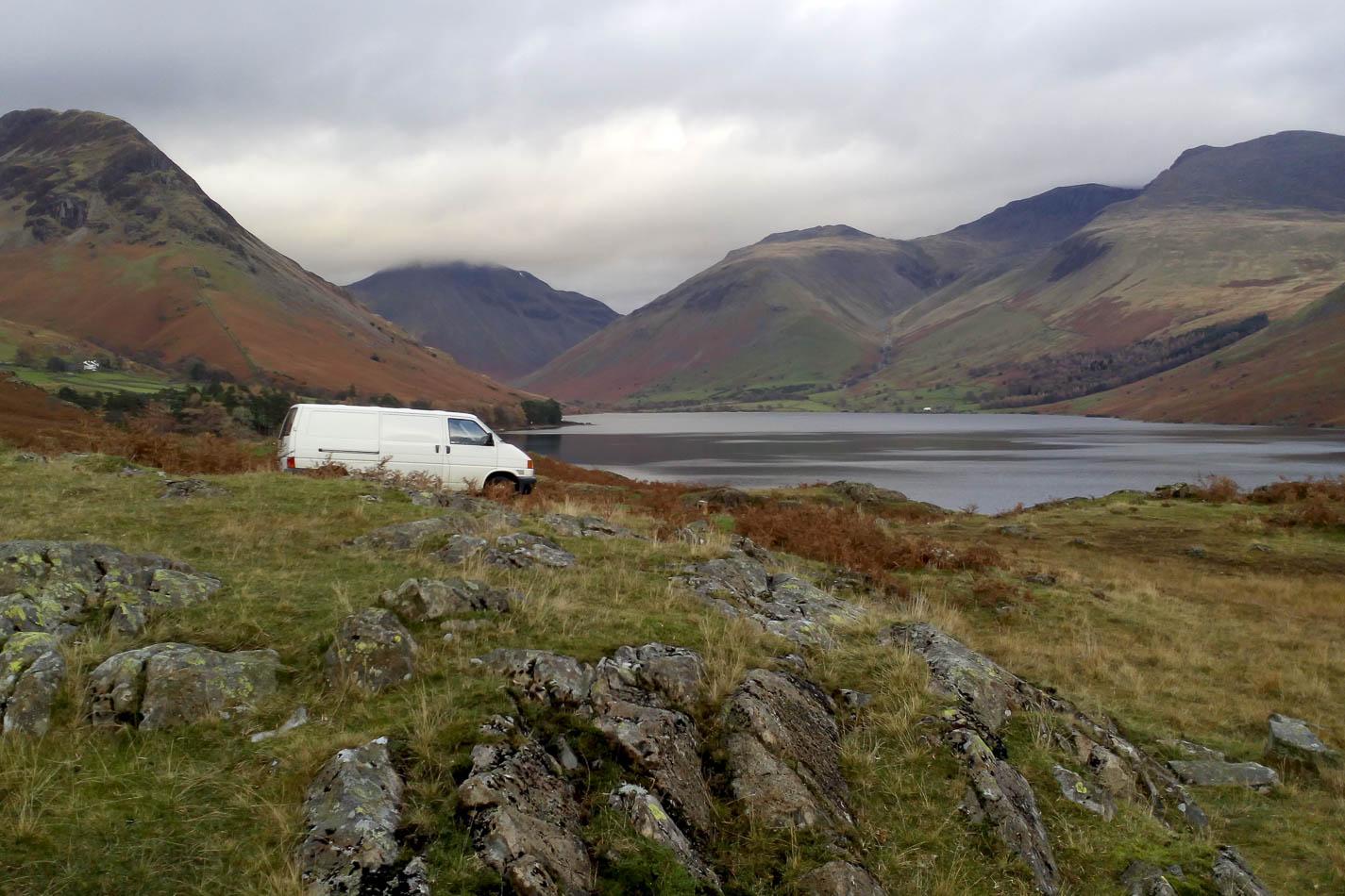 Comment choisir entre un van aménagé, un fourgon et un camping-car ?