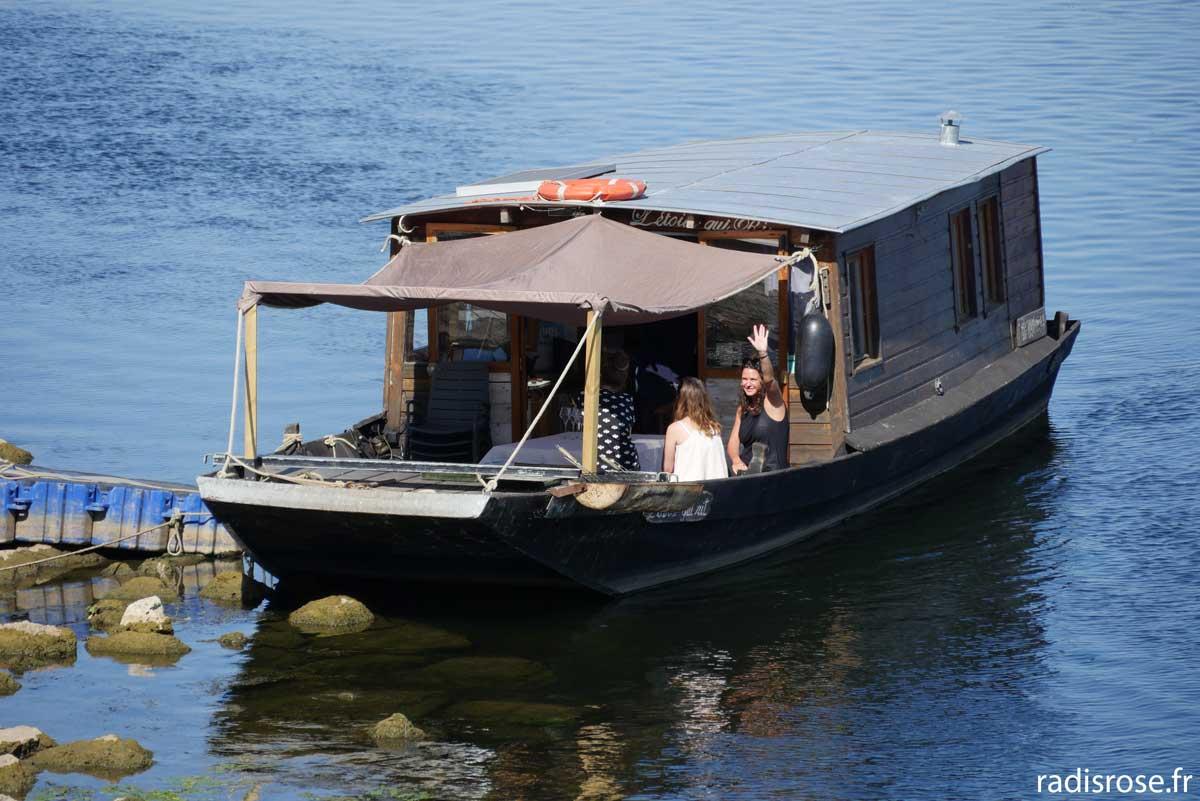 découvrir Loire toue cabannée