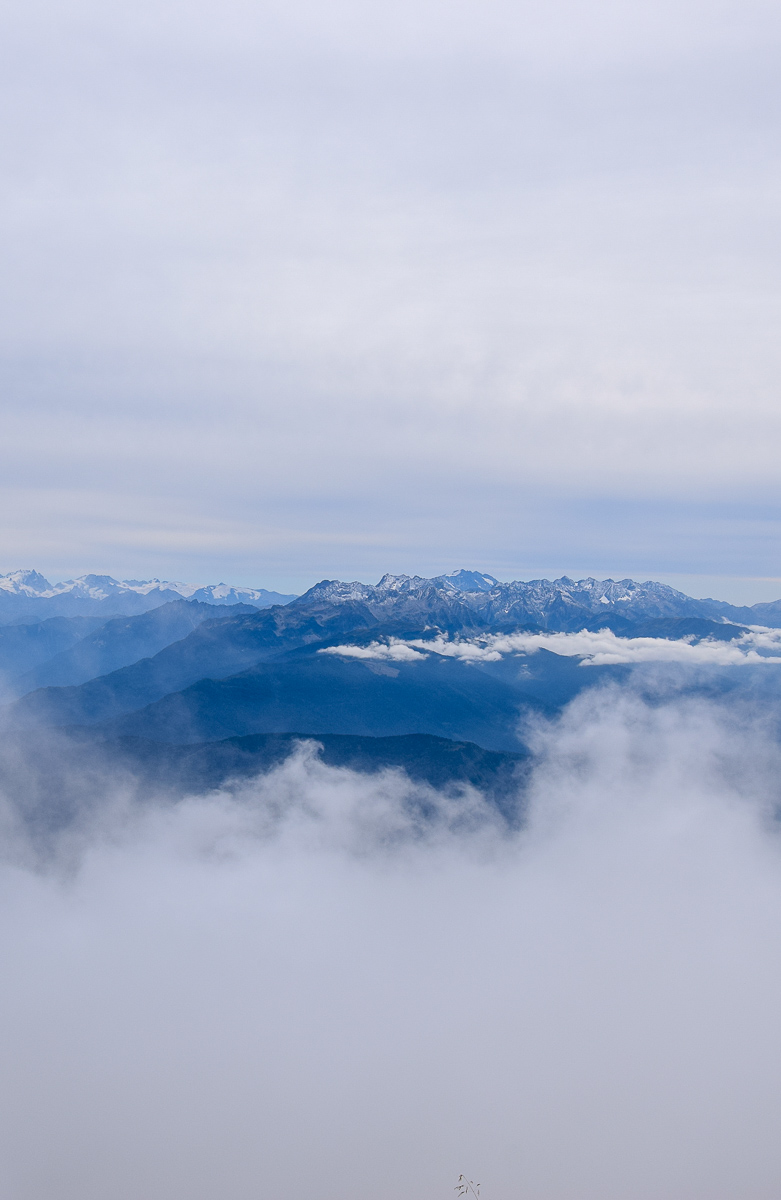Road trip en Savoie et treks autour des plus beaux lacs: récit de voyage en van aménagé, détail de mon itinéraire de deux semaines, conseils pratiques et infos pour savoir où faire de la randonnée... | Histoires de tongs, le blog voyage passionnément alternatif